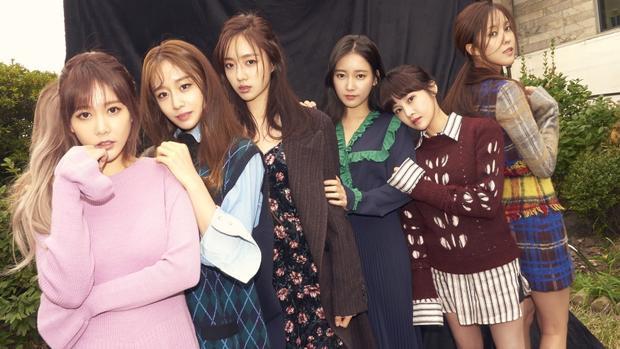 Qri, Eunjung, Hyomin và Jiyeon phải thu âm lại các ca khúc và dời ngày phát hành album.