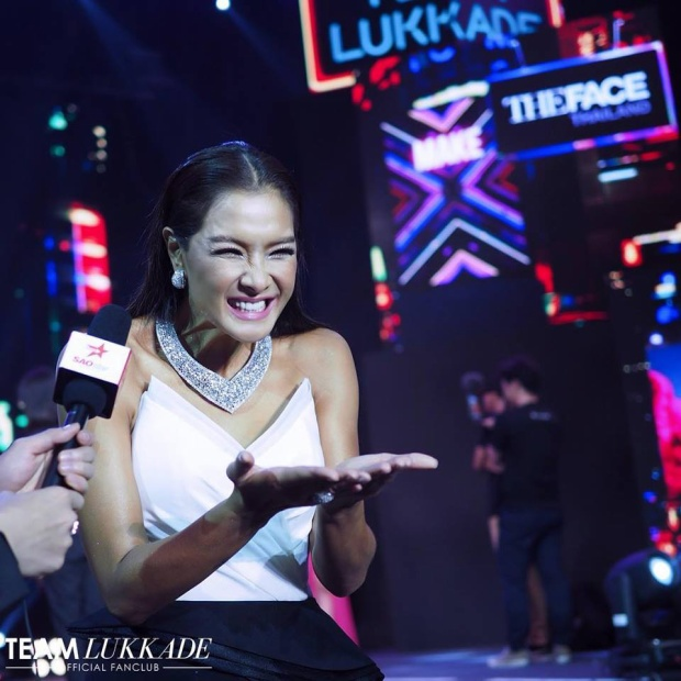 Chị Đại The Face Thailand gửi một nụ hôn nồng cháy đến các fan Việt để cảm ơn tình cảm các fan dành cho mình.