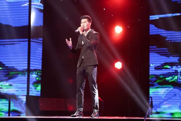 Quang Lê chịu chơi khi thử thách trò cưng Lý Thu Thảo hát nhạc phẩm khó hát nhất kho nhạc Bolero