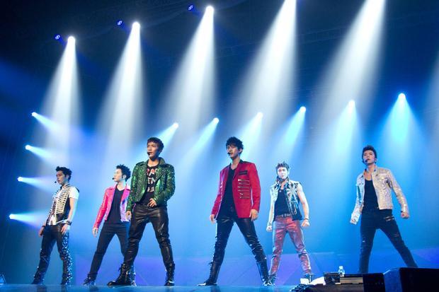 Đừng hỏi vì sao các idol xứ Hàn ai ai cũng muốn Nhật tiến bởi khoản thu nhập từ concert và các hoạt động ở xứ sở hoa anh đào luôn cao hơn nhiều so với thị trường nội địa!