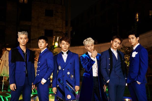 2PM gần như vắng mặt tại quê nhà nhưng lại rất chăm chỉ đi tour, đặc biệt là ở Nhật Bản.