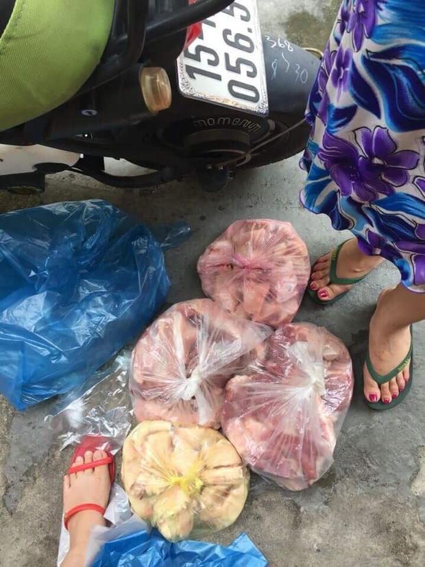 Số thịt lợn được người thân Đàm Vĩnh Hưng mua.
