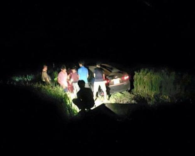 Xe Camry gây tai nạn trong đêm tại xã Nhân Hòa, huyện Quế Võ (Bắc Ninh).