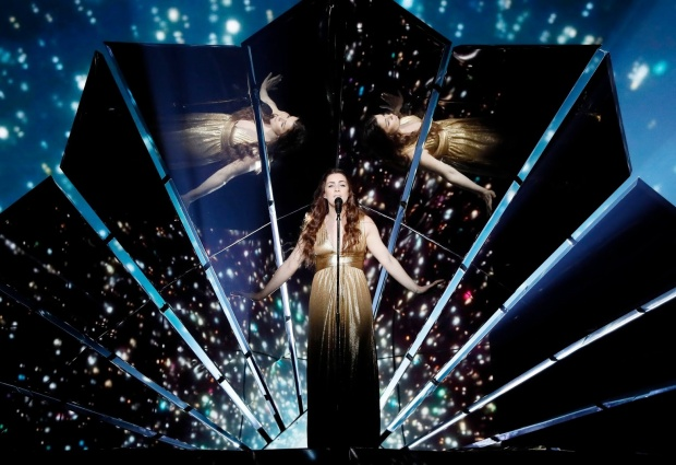 6 màn trình diễn không xem sẽ phí 1 đời của Eurovision 2017