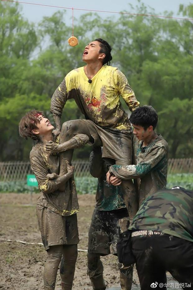 Lưu Hạo Nhiên  Đầu não của Đoàn thiếu niên cao năng gây ấn tượng như thế nào?