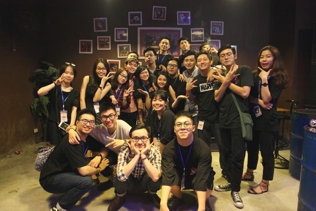 Thế Bảo vừa có mini-concert tổ chức tại Hà Nội với những người bạn.
