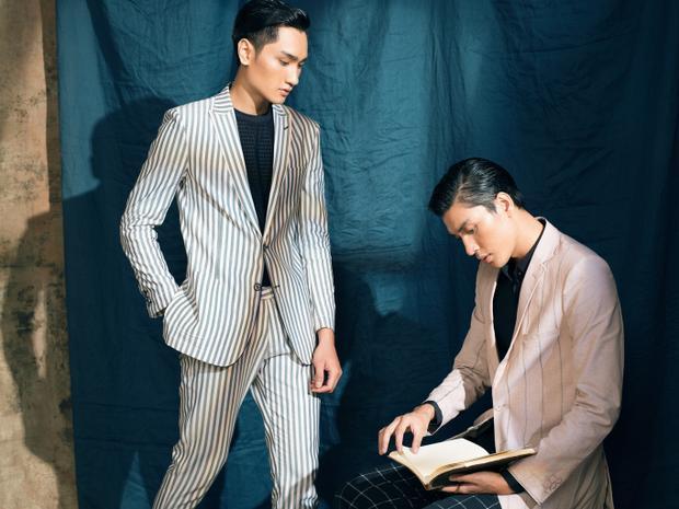 Cả hai còn thể hiện thành công sự lãng mạn đặc trưng của chất liệu linen, điều khiến cho chất liệu này luôn được các chàng trai yêu thích và không bao giờ lỗi thời.