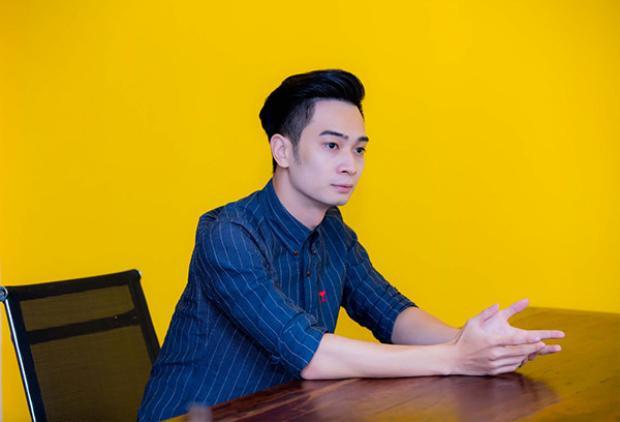 Slim V tiết lộ từng vác hẳn dàn máy 100kg từ Hà Nội vào HCM thi The Remix