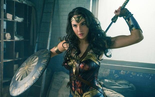 Wonder Woman: Cú nổ lớn trên màn ảnh trong mùa hè năm nay?