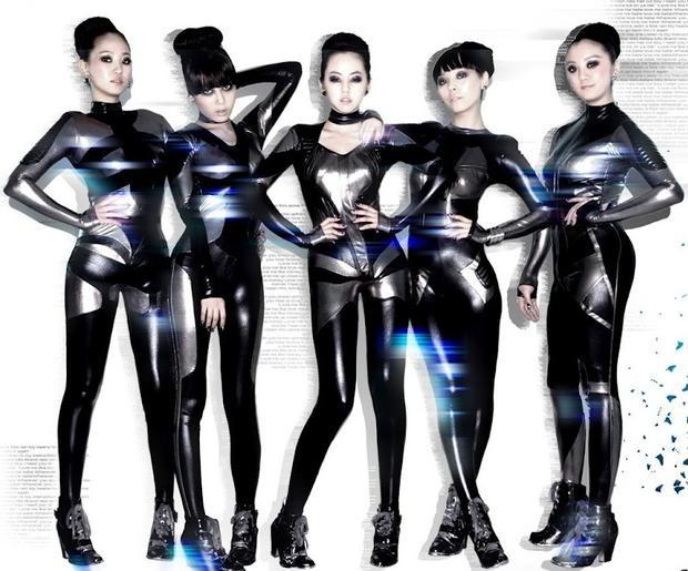 và Wonder Girls đều phải trở về quê nhà saucông cuộc Mỹ tiến không được như ý.