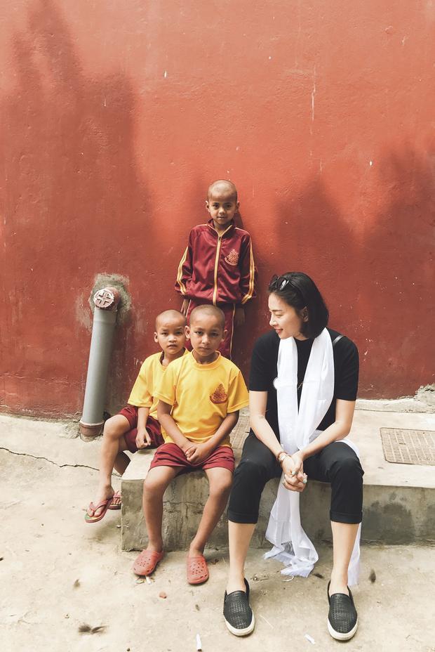 Một số hình ảnh của Ngô Thanh Vân trong chuyến đi Nepal vừa qua.