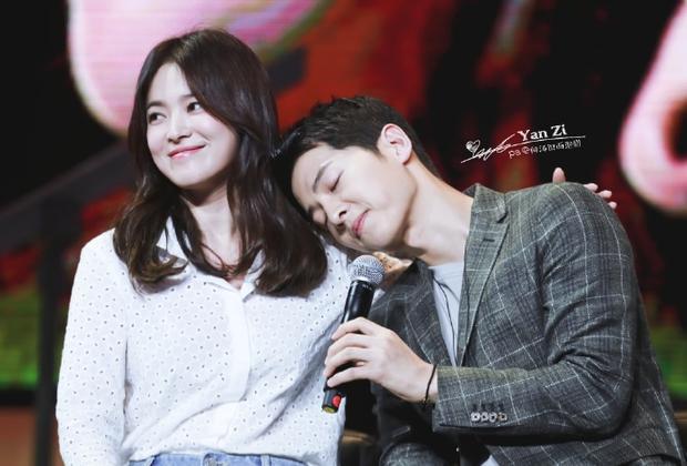 Phần lời ngọt ngào của Always khiến người hâm mộ cảm giác như cặp đôi đang hát về chính mối quan hệ của mình.