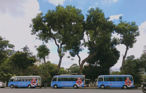 3 chiếc xe bus hoành tráng của Sky miền Bắc.