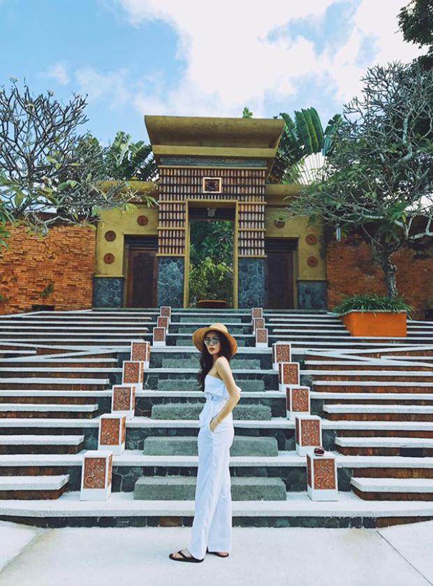 Hoa hậu Việt Nam 2014 đang có cuộc sống bình yên, khá thu mình.