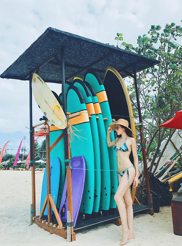 Kỳ Duyên khoe thân hình nuột nà với bikini trong chuyến du lịch ở Bali.
