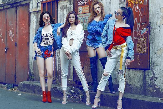 4 thành viên xinh đẹp của S Girls.