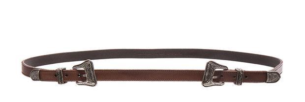 Chiếc belt này của Saint Laurent có mức giá tới hơn 4 triệu đồng.