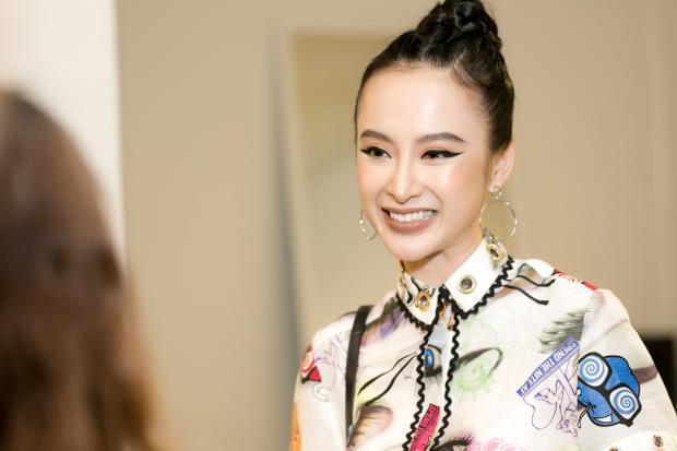 Cận cảnh nhan sắc xinh đẹp với lối trang điểm mắt mèo của Angela Phương Trinh.