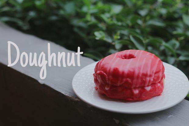 Dosh  nơi bạn có thể thưởng thức Doughnut và Freakshake đậm phong cách Mỹ đầu tiên ở Sài Gòn