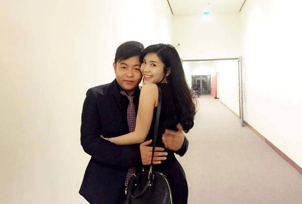 Quang Lê và bạn gái 9X.