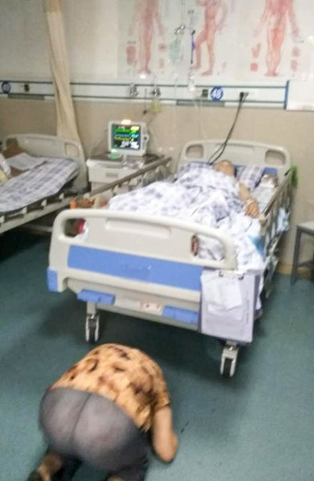 Cụ bà bày tỏ lòng biết ơn với người đã cứu mạng sống của mình.