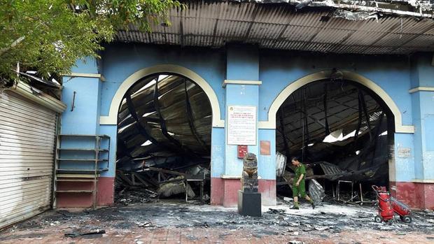 Tiểu thương chợ Tân Thanh kể lại giây phút gia tài tiền tỷ cháy thành tro