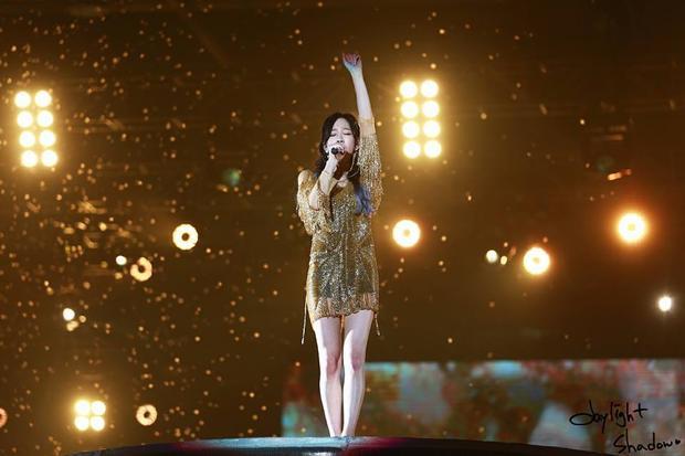 Khi mà Taeyeon trở thành nhân vật phụ và giọng hát sẽ là nhân vật chính thì sân khấu trở nên giản đơn thế này.