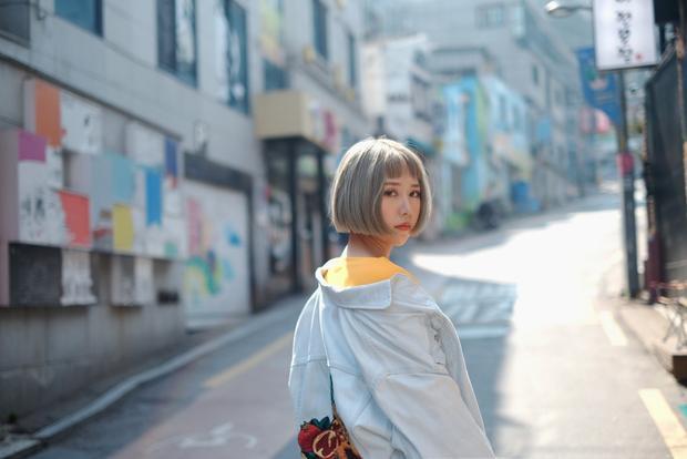 """""""Hôn anh"""" của Min có thực sự khiến bạn đã mắt với loạt trang phục đồ hiệu giá bình dân?"""