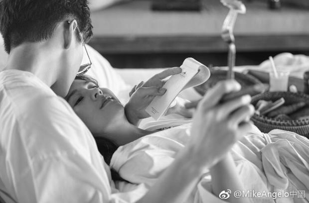 Hé lộ loạt clip hậu trường photoshoot cháy giường cháy chiếu của cặp đôi Mike  Aom