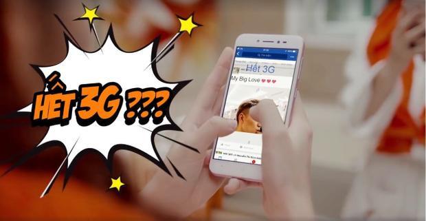 """Chưa load hết hình, cô nàng còn nổi điên hơn khi điện thoại báo """"HẾT 3G""""."""
