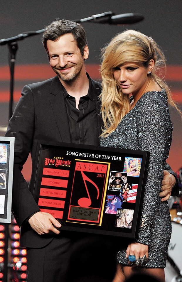 Dr Luke và Kesha ngày còn hoà thuận.