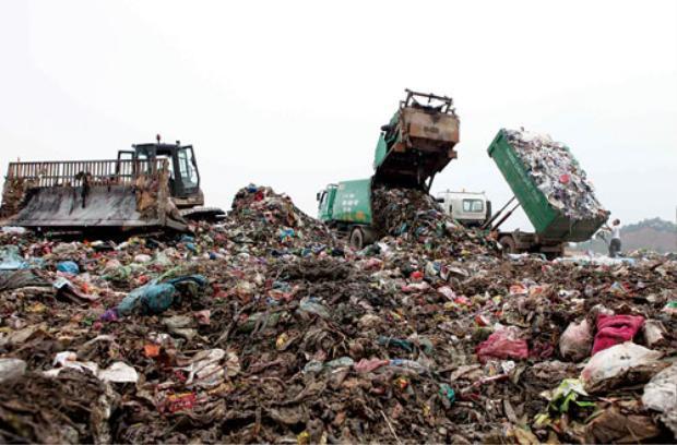 Bãi rác Nam Sơn. Ảnh: internet