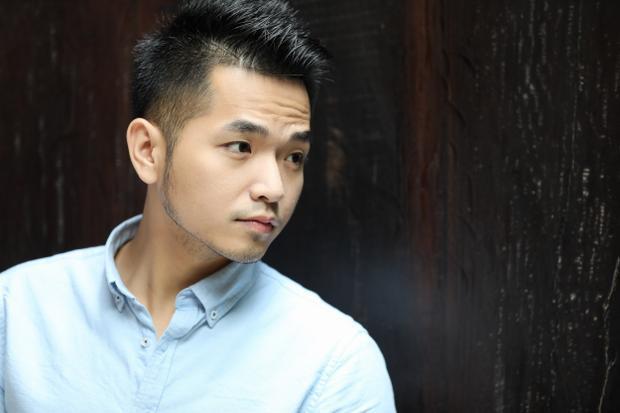 Hình ảnh Phạm Hồng Phước giản dị trong single mới.