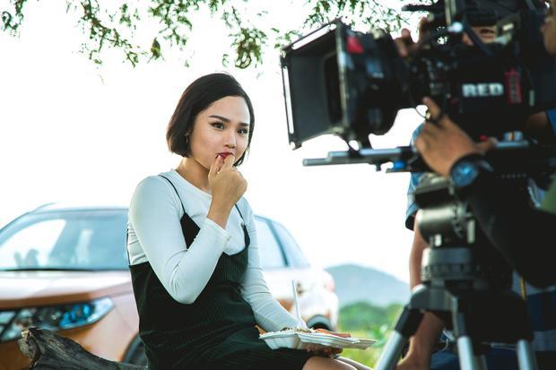 Miu Lê trở về bản chất thực sự trong hậu trường phim Nắng 2