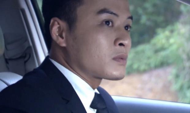 """Lê Thành bị bắt trong đám cưới, tuy nhiên, nhờ kế hoạch của Phan Quân, Viêc """"cóc"""" đã nhận tội thay anh."""