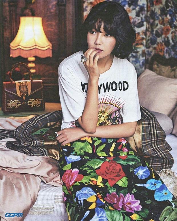 """Chia sẻ của Sooyoung khiến fan không khỏi thích thú và bất ngờ bởi BTS và EXO - đàn em cùng công ty với SNSD hiện đang là 2 boygroup đình đám """"ở 2 đầu chiến tuyến""""."""