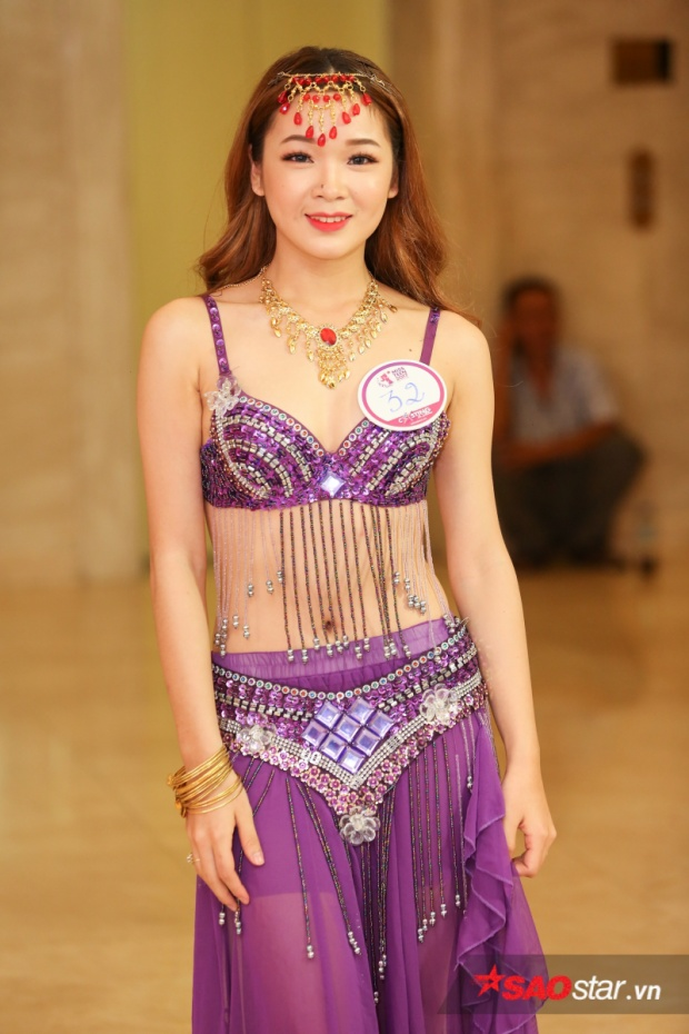 Gây ấn tượng mạnh với trang phục sexy, thí sinh Trương Thị Quỳnh Như hứa hẹn sẽ mang tới tiết mục thú vị cho phần thi tài năng.