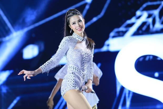 Sau Noo, Đông Nhi sẽ thổi bùng sân khấu Asia Song Festival bằng loạt hit nào?
