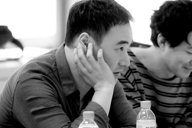 Nam diễn viên Bae Seong Woo.