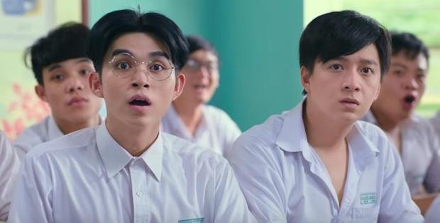Nét diễn xuất hài hước, tự nhiên giúp Jun Phạm được chú ý không kém nam chính Ngô Kiến Huy.