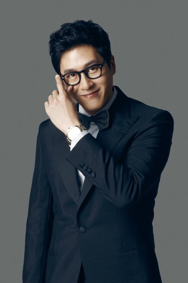 Kim Joo Hyuk vai Kim Byeong Jin người từng tham gia The Truth Beeneath năm 2016.