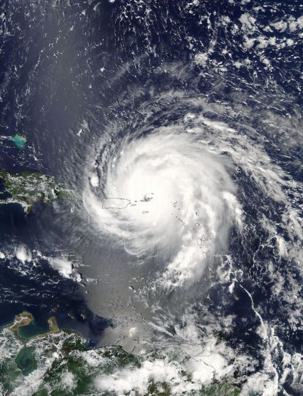 Irma là cơn bão lớn nhất từng được ghi nhận tại Đại Tây Dương.