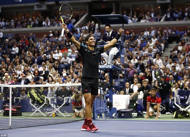 Vượt qua đối thủ người Nam Phi sau 2 giờ 27 phút với tỉ số 3-0 (6-3, 6-3, 6-4), Nadal có lần thứ 3 lên đỉnh ở US Open (2010, 2013 và 2017).