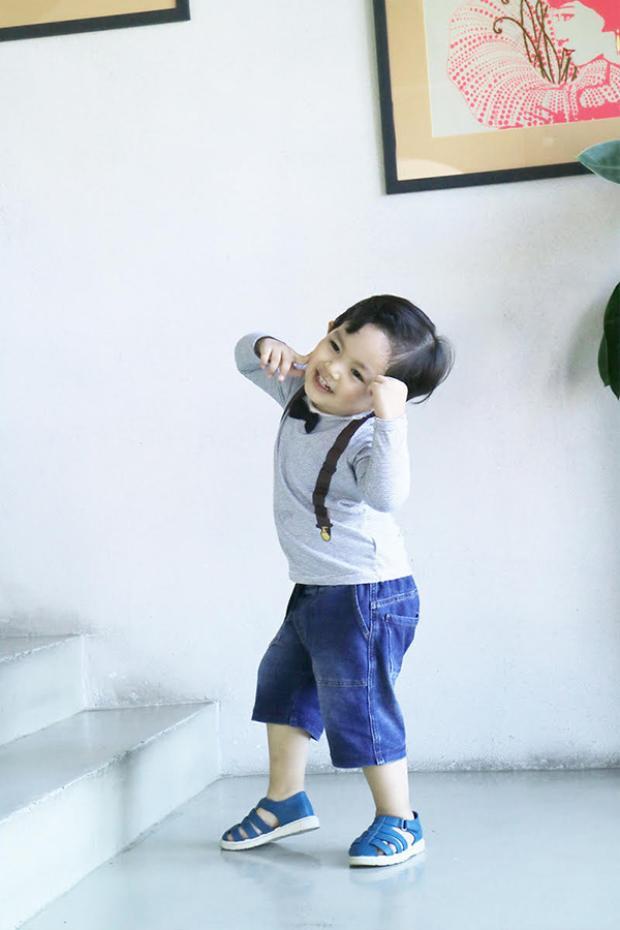 Ở độ tuổi còn rất nhỏ nhưng Kubi đã có gu thời trang riêng và luôn diện trang phục sành điệu. Đôi lúc xuất hiện tại sự kiện, cậu bé còn thu hút ống kính hơn cả bố mẹ.