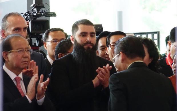 Vào sáng ngày 7/9, đạo diễn Kong đã có mặt tại khai mạc hội chợ ITE tại TPHCM với tư cách Đại sứ du lịch Việt Nam. Ảnh: Phú Thọ.