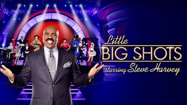 """Little Bit Shots phiên bản Mỹ với MC nổi tiếng Steve Harvey - từng được biết tới với """"lỗi lầm"""" đọc nhầm tên hoa hậu đăng quang tại Hoa hậu Hoàn vũ 2015 trước đây."""