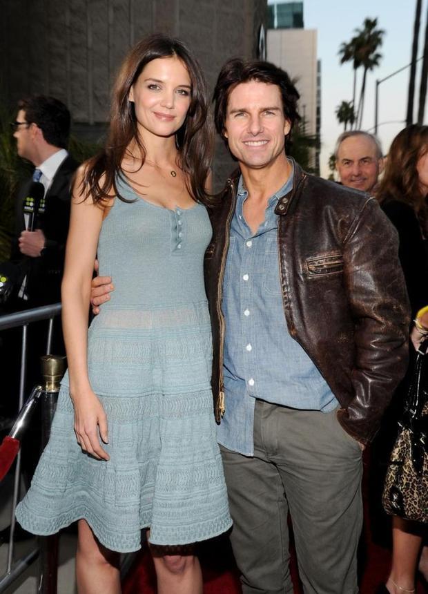 Thoát khỏi hợp đồng ly hôn có 1-0-2 của Tom Cruise, Katie Holmes hạnh phúc thấy rõ