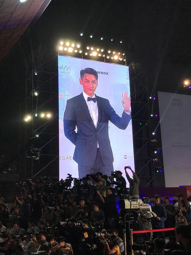 Isaac nhận được giải thưởng Ngôi sao mới tại LHP Busan 2016.