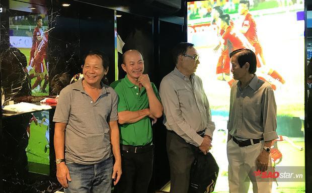 Các cựu danh thủ rất vui mừng khi thành phố có một phòng truyền thống hiện đại để lưu giữ những kỷ vật bóng đá.