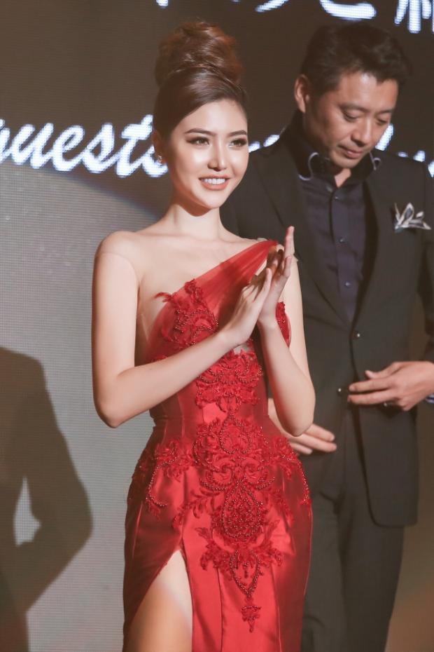 Trong đêm chung kết, với vai trò giám khảo, Ngọc Duyên chấm đầy đủ các vòng thi bao gồm: trình diễn bikini, trình diễn đầm dạ hội, thuyết trình, và phần ứng xử của Top 3.